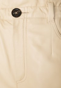 Oakwood - JANNY - Shorts - light beige - 2