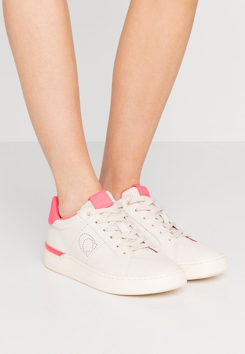 Coach - TOP - Trainers - chalk/neon pink