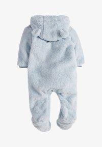 Next - BLUE COSY FLEECE BEAR PRAMSUIT (0MTHS-2YRS) - Pyžamo - blue - 1