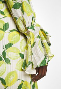 Fabienne Chapot - OUTSHINE THE BRIDE DRESS - Maxi šaty - lime lights - 3