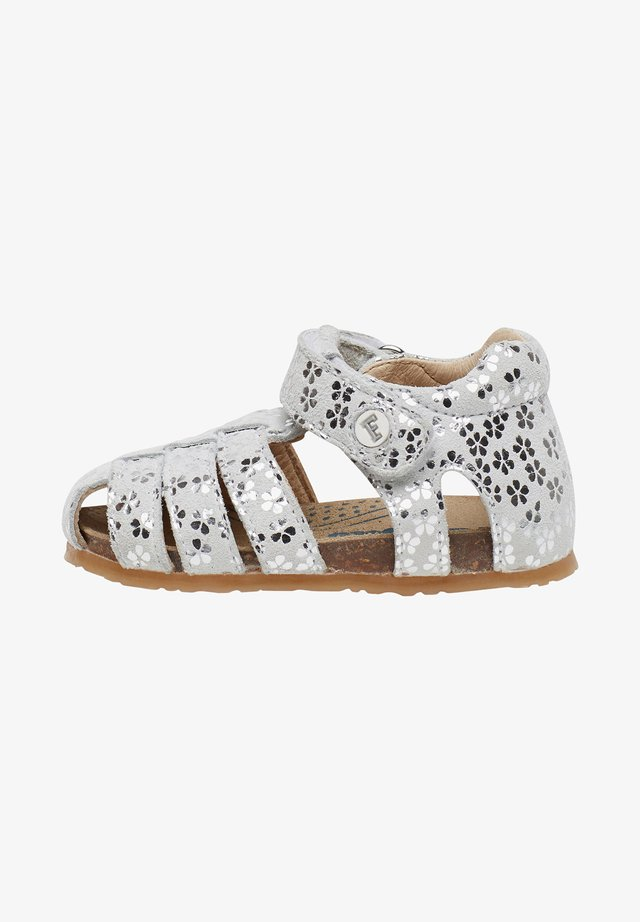 ALBY - Chaussures premiers pas - silver