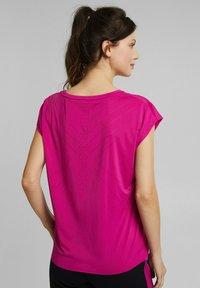 Esprit Sports - Basic T-shirt - berry red - 2