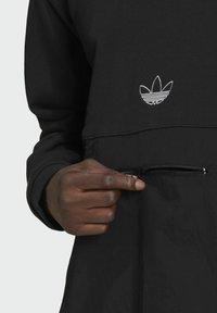 adidas Originals - SPRT ARCHIVE MIXED-MATERIAL CREW SWEATSHIRT - Sweatshirt - black - 4