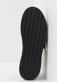 Versace Jeans Couture - Trainers - nero - 6
