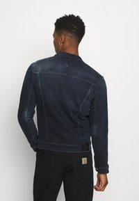 Tommy Jeans - TRUCKER JACKET COBBS - Jeansjacka - blue denim - 2