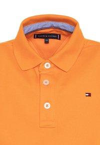 Tommy Hilfiger - ESSENTIAL REGULAR FIT  - Polo shirt - orange - 2