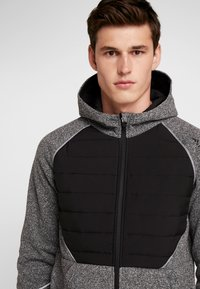 FIRST - ALLEN HOOD ZIP JACKET - Mikina na zip - medium grey melange - 5
