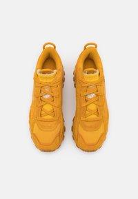 Reebok Classic - CL CARDI - Trainers - bright ochre - 5