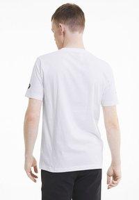 Puma - BMW GRAPHIC TEE - Print T-shirt -  white - 2