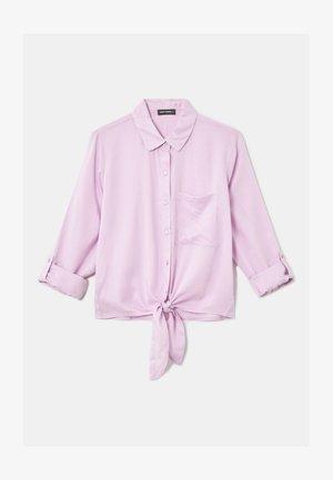 MIT KNOTEN - Button-down blouse - purple