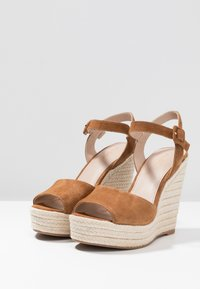 ALDO - YBELANI - High heeled sandals - light brown - 4