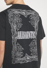 AllSaints - FILGREE CREW - Print T-shirt - jet black/optic white - 5