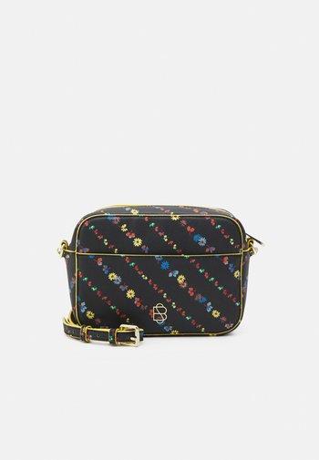 LILUYE PILLO BAG - Across body bag - black