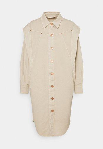 CMABELA - Shirt dress - peyote