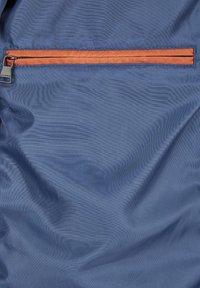 Calamar - MIT SCHUBTASCHEN - Summer jacket - blau - 4