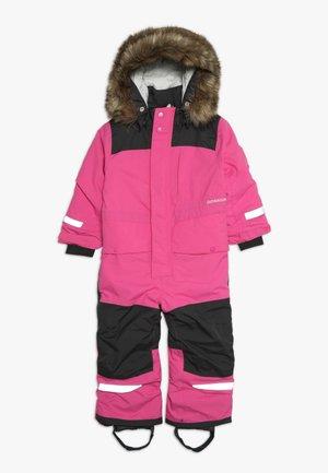 BJÖRNEN KID'S COVERALL - Lyžařská kombinéza - plastic pink