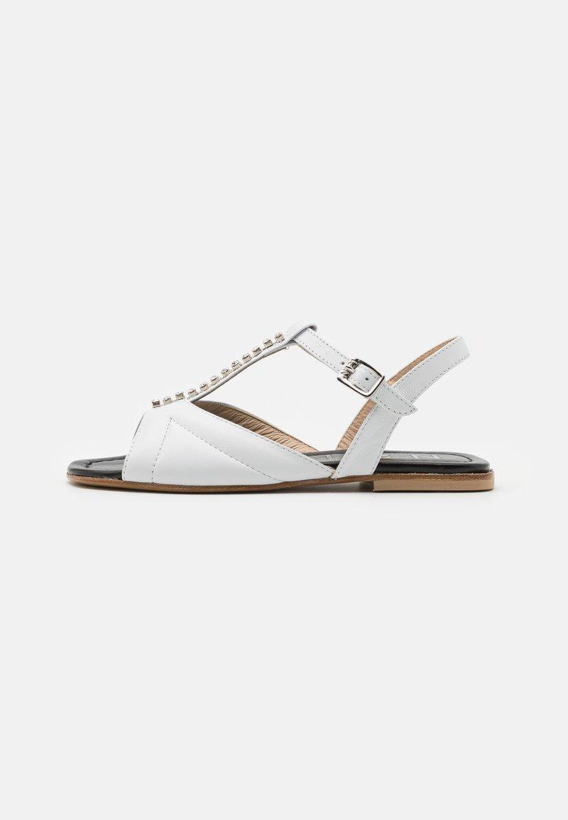 N°21 - Sandalen - white