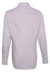 Seidensticker - SLIM FIT - Formal shirt - rot - 1