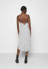Abercrombie & Fitch - SLIP MIDI DRESS - Day dress - white