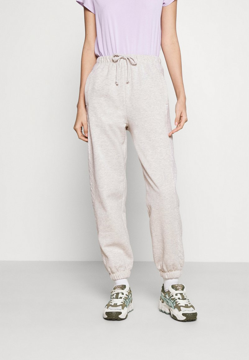 Topshop - YANKEE QUILTED - Tracksuit bottoms - grey