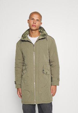 MENNACE EVIAN QUILTED JACKET - Winter coat - green
