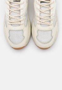 Scotch & Soda - CELEST - Sneakers laag - white - 5