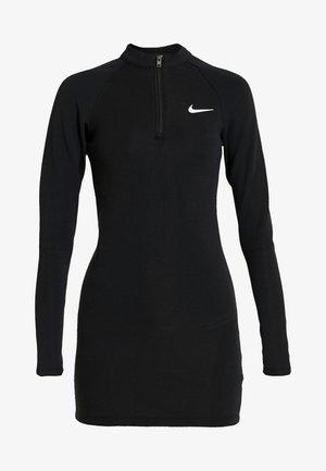 W NSW ESSENTIAL LS - Shift dress - black/white