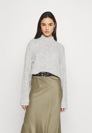 VMCARINA HIGHNECK - Strickpullover - light grey