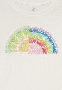 GAP - GIRLS INTERACTIVE - Print T-shirt - new off white - 2