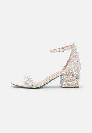 MARI - Sandaler - white
