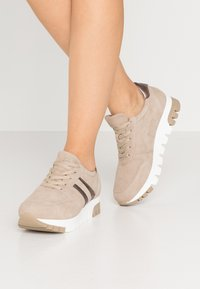 Tamaris - LACE UP - Trainers - taupe/light bronc - 0