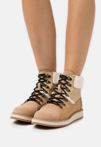 TOMS - MESA - Lace-up ankle boots - tan - 0