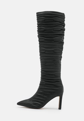 SLOUCHY STRUCTURED SHAFT BOOTS