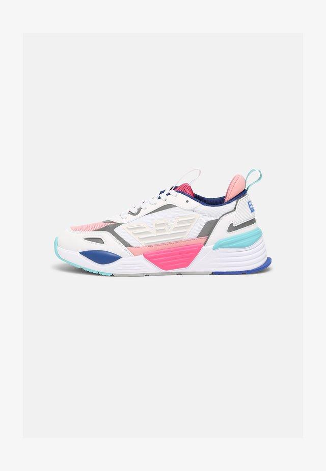 XSX012 - Sneakers laag - white/multicolour