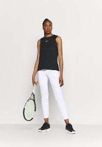 Limited Sports - SOLE - Teplákové kalhoty - white - 1