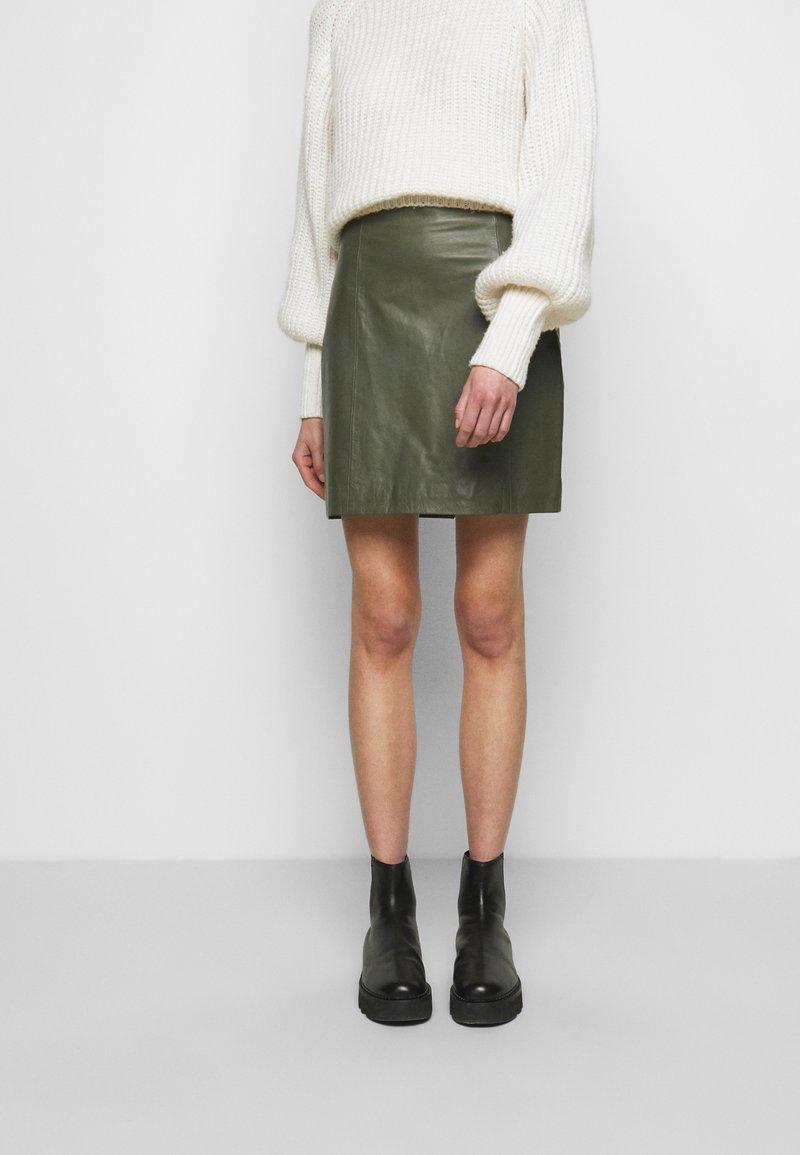 2nd Day - ELECTRA - Mini skirt - castor