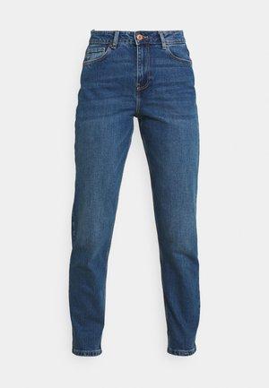 PCVERA MOM - Jeans Tapered Fit - medium blue denim