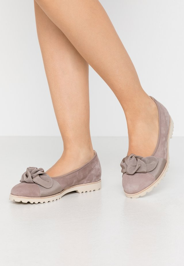 Ballet pumps - dark nude