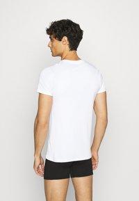 JBS - O-NECK 2 PACK - Undershirt - weiss - 2