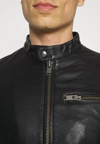 Selected Homme - SLHICONIC CLASSIC - Giacca di pelle - black - 5