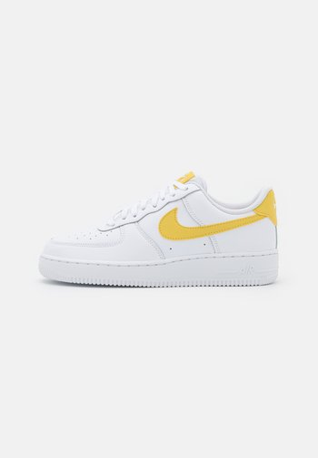 AIR FORCE 1 - Trainers - white/saturn gold/white
