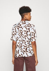 Monki - BITTY BLOUSE - Button-down blouse - offwhite/light blue - 2