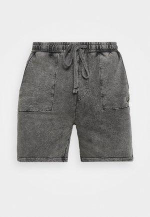 DROP CROTCH FIT TRAVEL SET - Shorts - acid wash