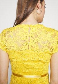 MAMALICIOUS - MLNEWMIVANA CAP DRESS - Cocktail dress / Party dress - cream gold - 5