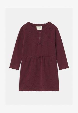 CLASSIC GIRLS - Pletené šaty - waldfrucht