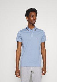 Tommy Hilfiger - COLLAR - Polo shirt - colorado indigo - 0