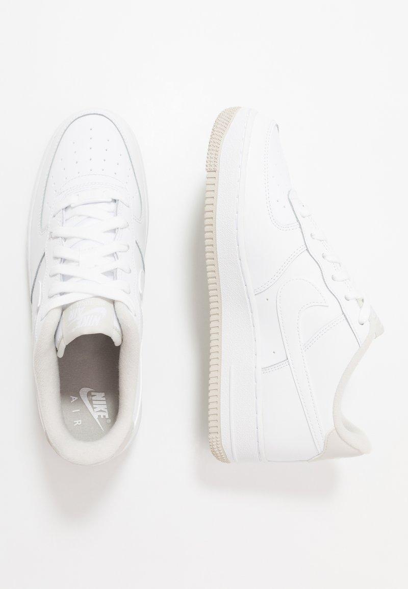 Nike Sportswear - AIR FORCE 1 - Sneakers - white/light bone