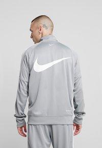 Nike Sportswear - Verryttelytakki - particle grey/white/black - 2