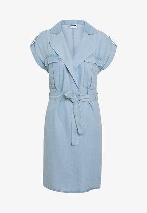 NMVERA ENDI SHIRT DRESS - Dongerikjole - light blue