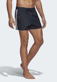 adidas Performance - 3-STRIPES CLX SWIM SHORTS - Shorts da mare - blue - 3
